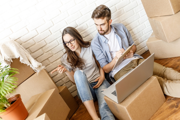 Making a moving to-do list will eliminate your moving stress.
