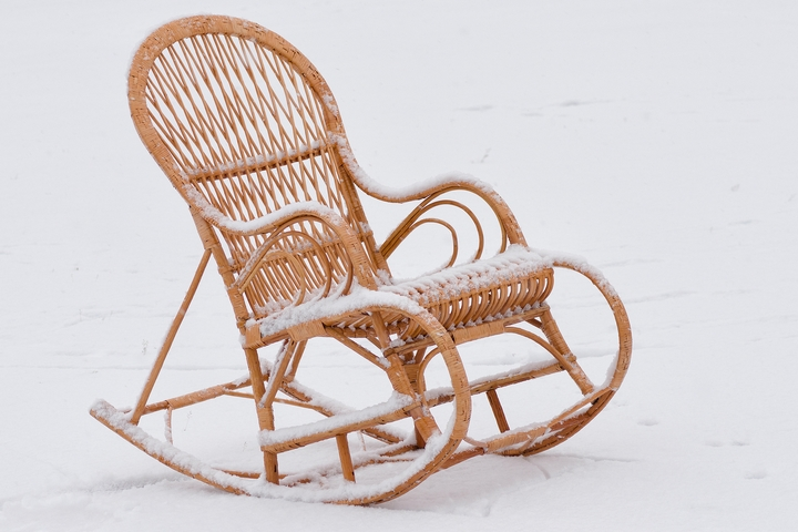 Storing wicker furniture in winter